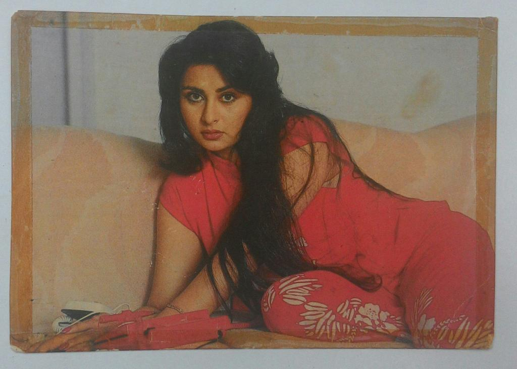 Naked images of poonam dhillon — pic 12